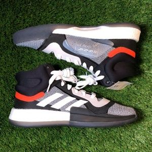 Adidas Marquee Boost Men's Shoe Size 10.5 NEW